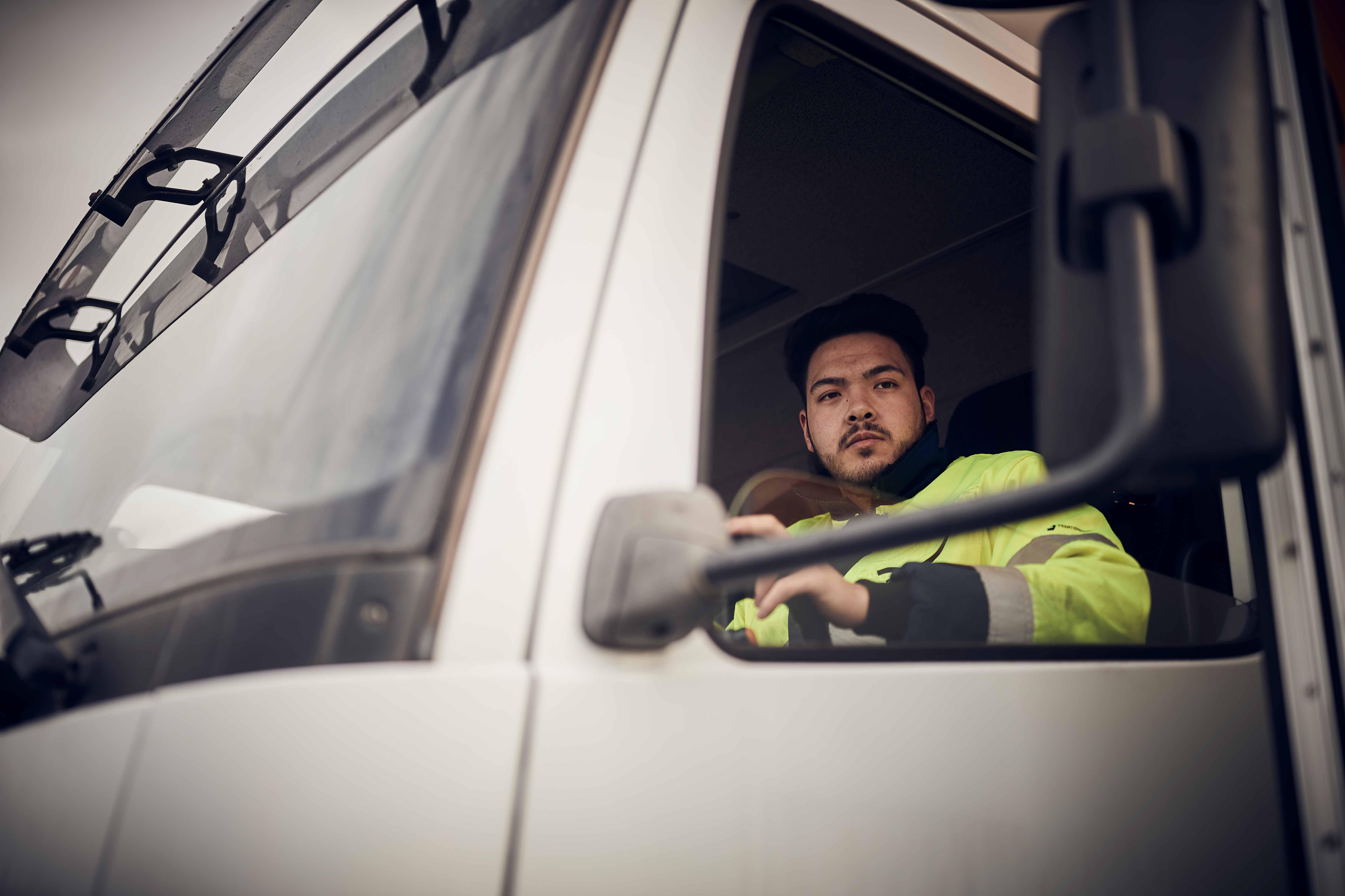 Elev som kör lastbil